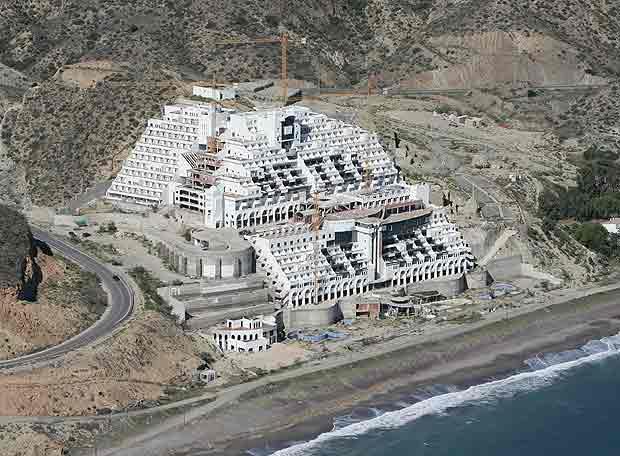 hotel Algarrobico in Almeria